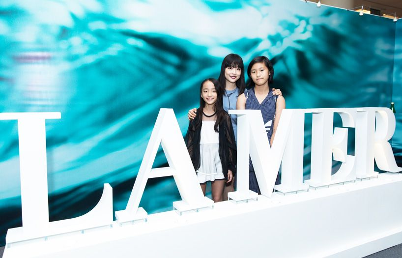 Celest Thoi and daughters