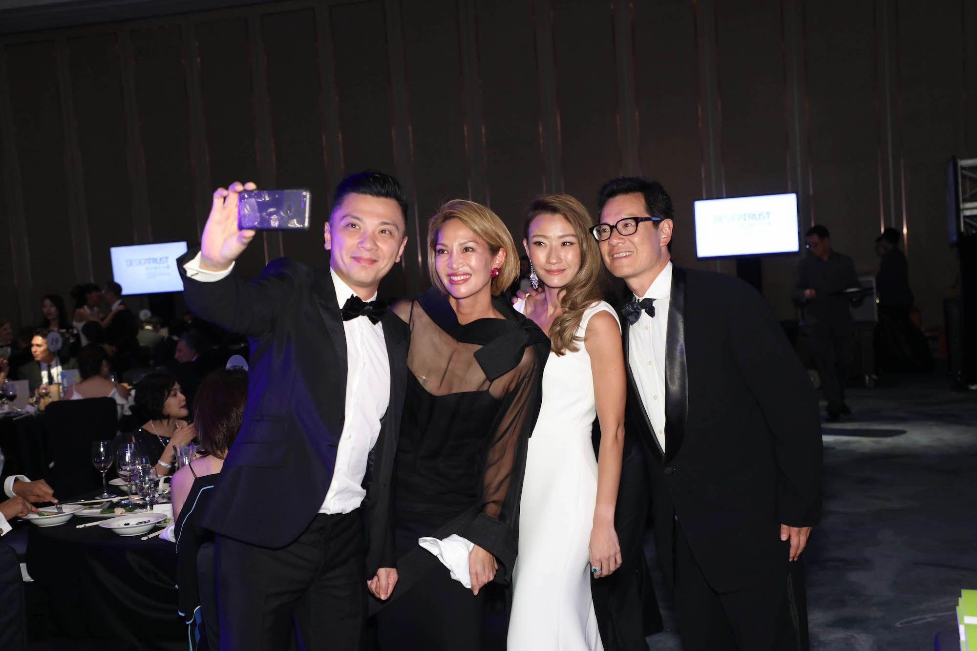 Sonia cheng paulo pong wedding dresses