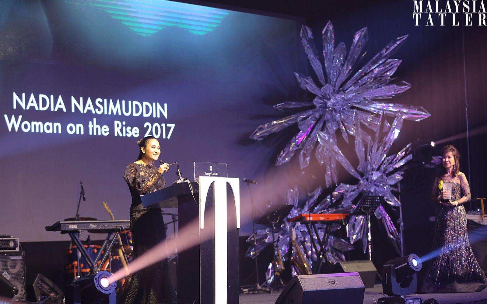 Nadia Nasimuddin accepting her award