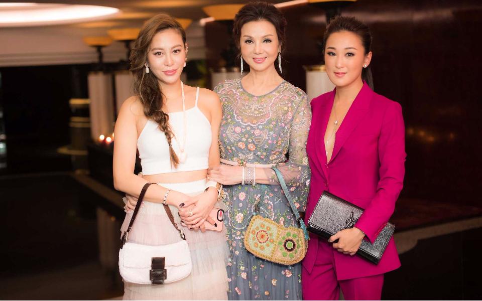 Eleanor Lam, Lynn Hsieh, Antonia Li