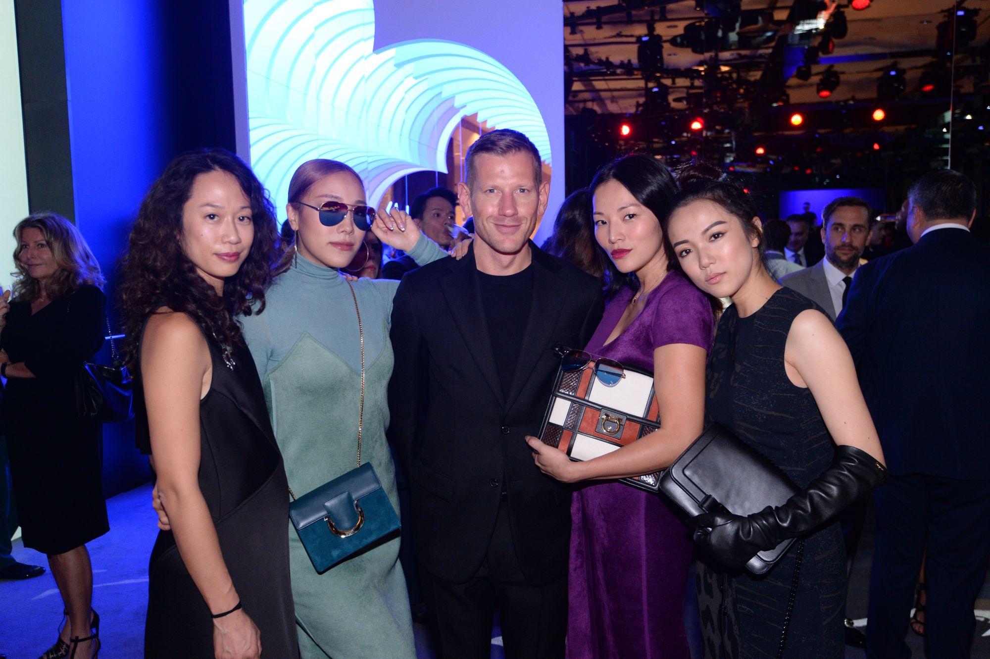 Kim Kollar, Feiping Chang, Paul Andrew, Tina Leung, Yoyo Cao