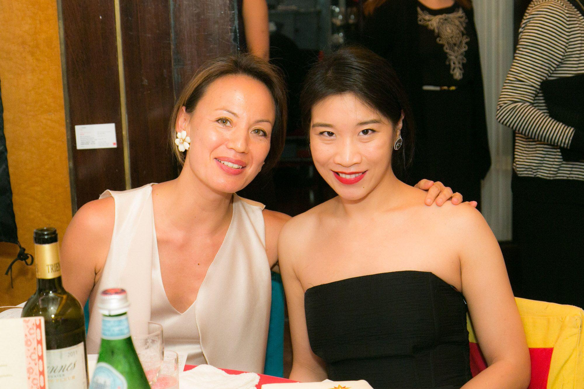 Claire Hsu-Vuchot, Dee Poon
