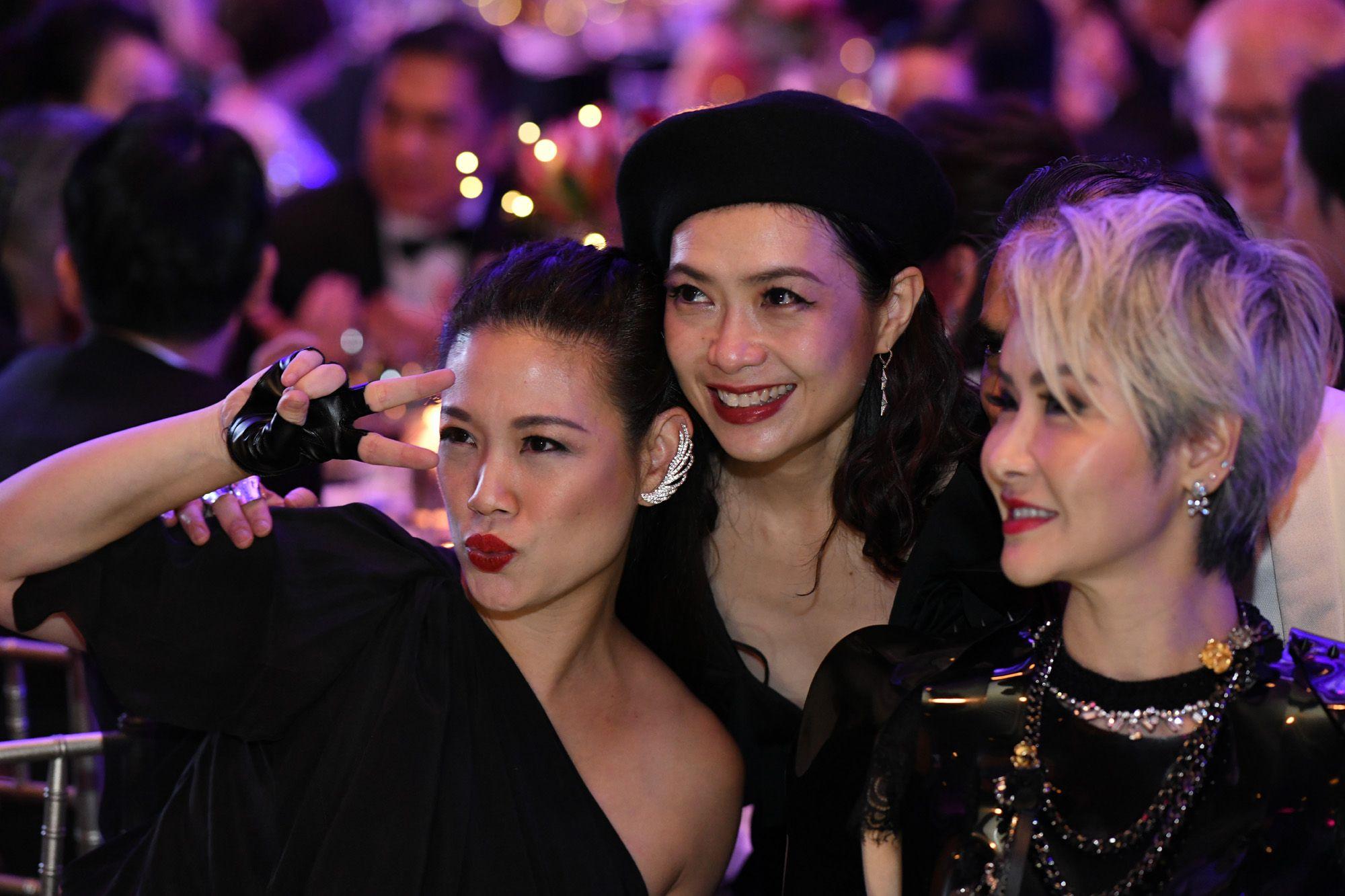 Tjin Lee, Ho Ching Lin, Celina Lin