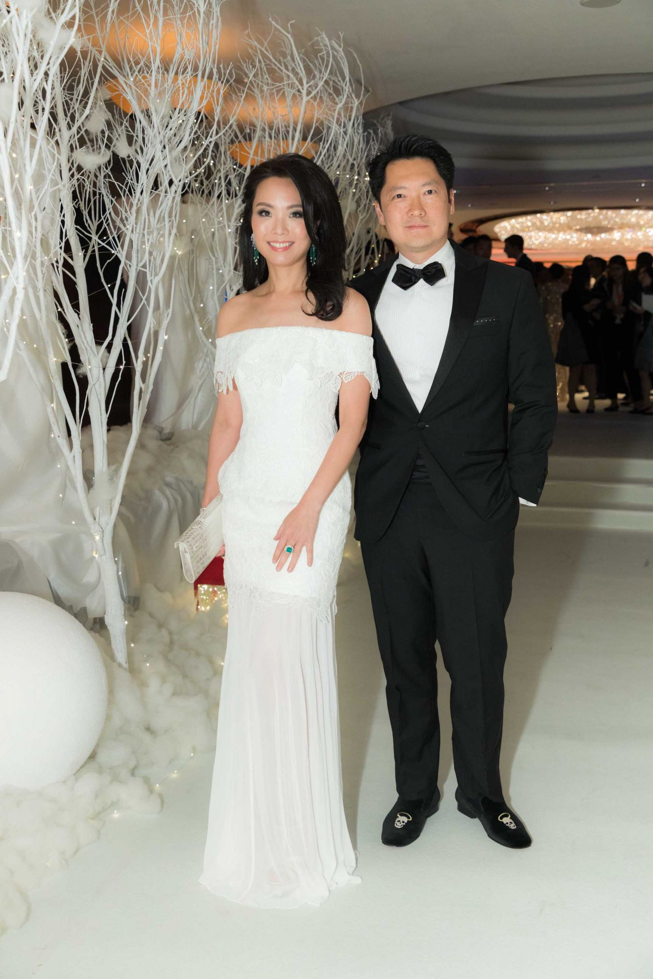 Anne Wang-Liu, Julian Liu