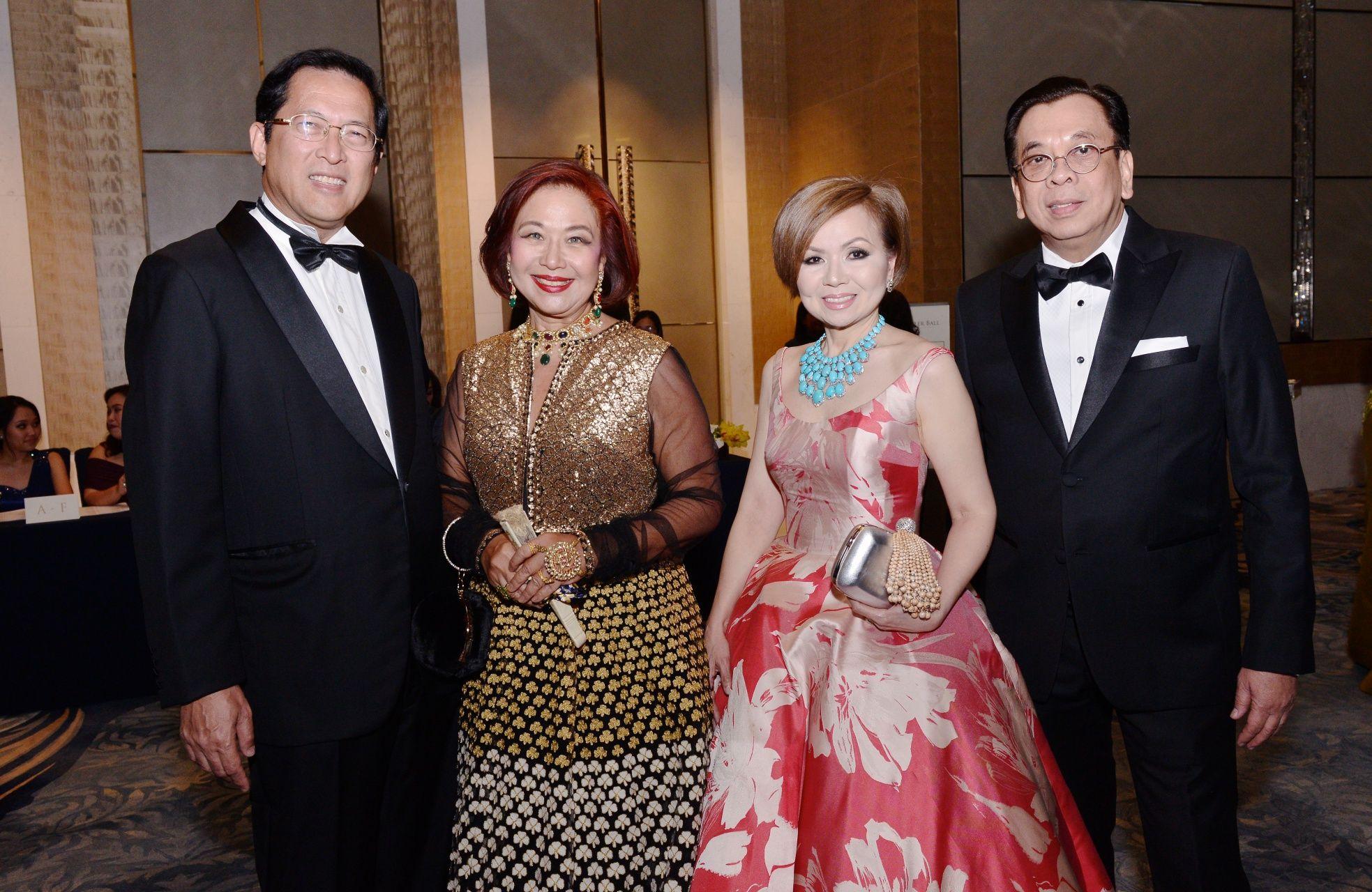 Lito and Kim Camacho with Duday and Noel Tuason