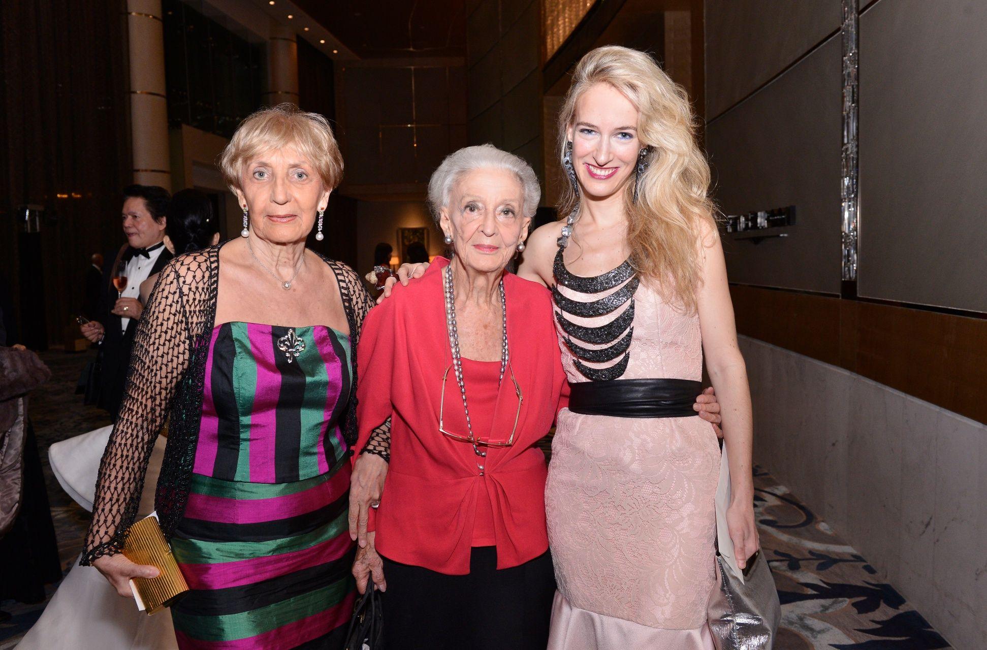 Elena Colome, Betsy Westendorp and Cristina Grisar