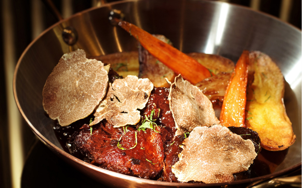 SW Steakhouse's Braised Wagyu beef cheeks (Photo: Courtesy of Wynn Palace)