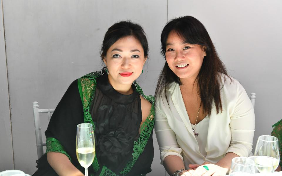 Ana Chan, Jennifer Liu