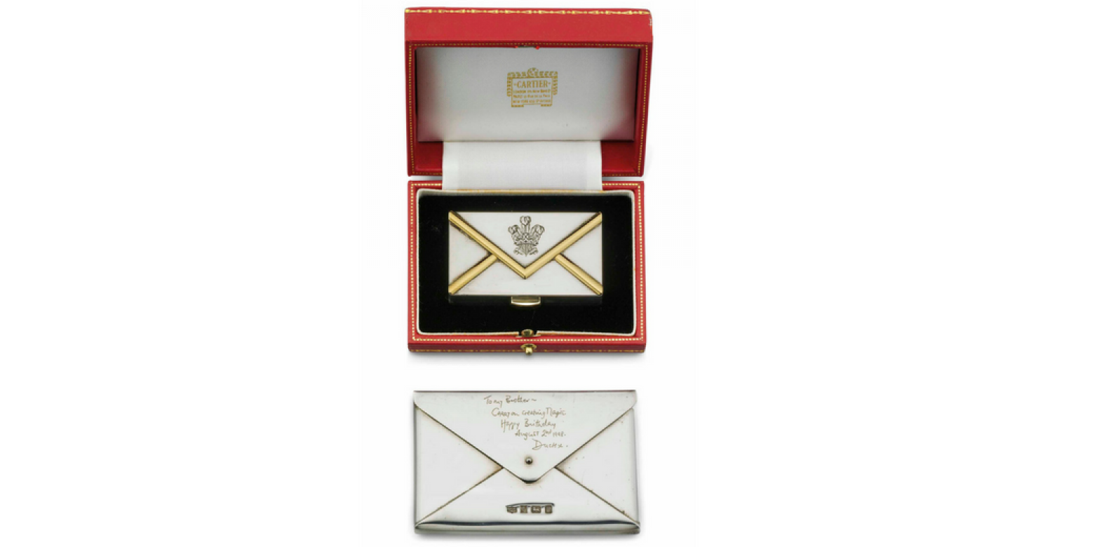 An Elizabeth II parcel-gilt silver pill-box (Photo: Courtesy of Christie's London)