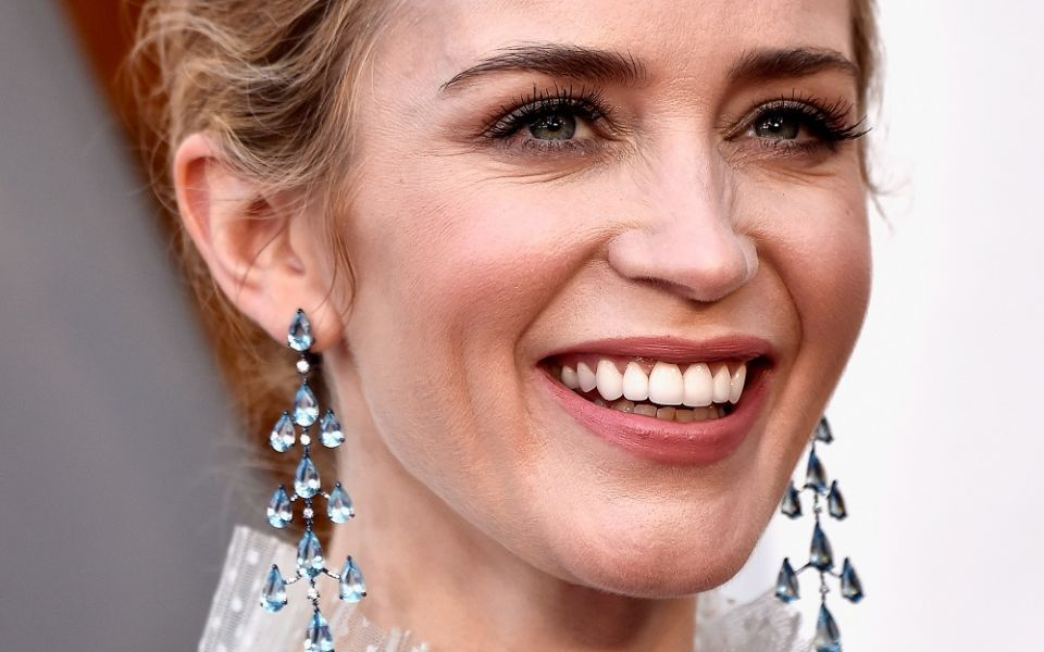 Emily Blunt wore earrings from Chopard's High Jewelry collection featuring aquamarines and diamonds. (Photo: Courtesy of Chopard)