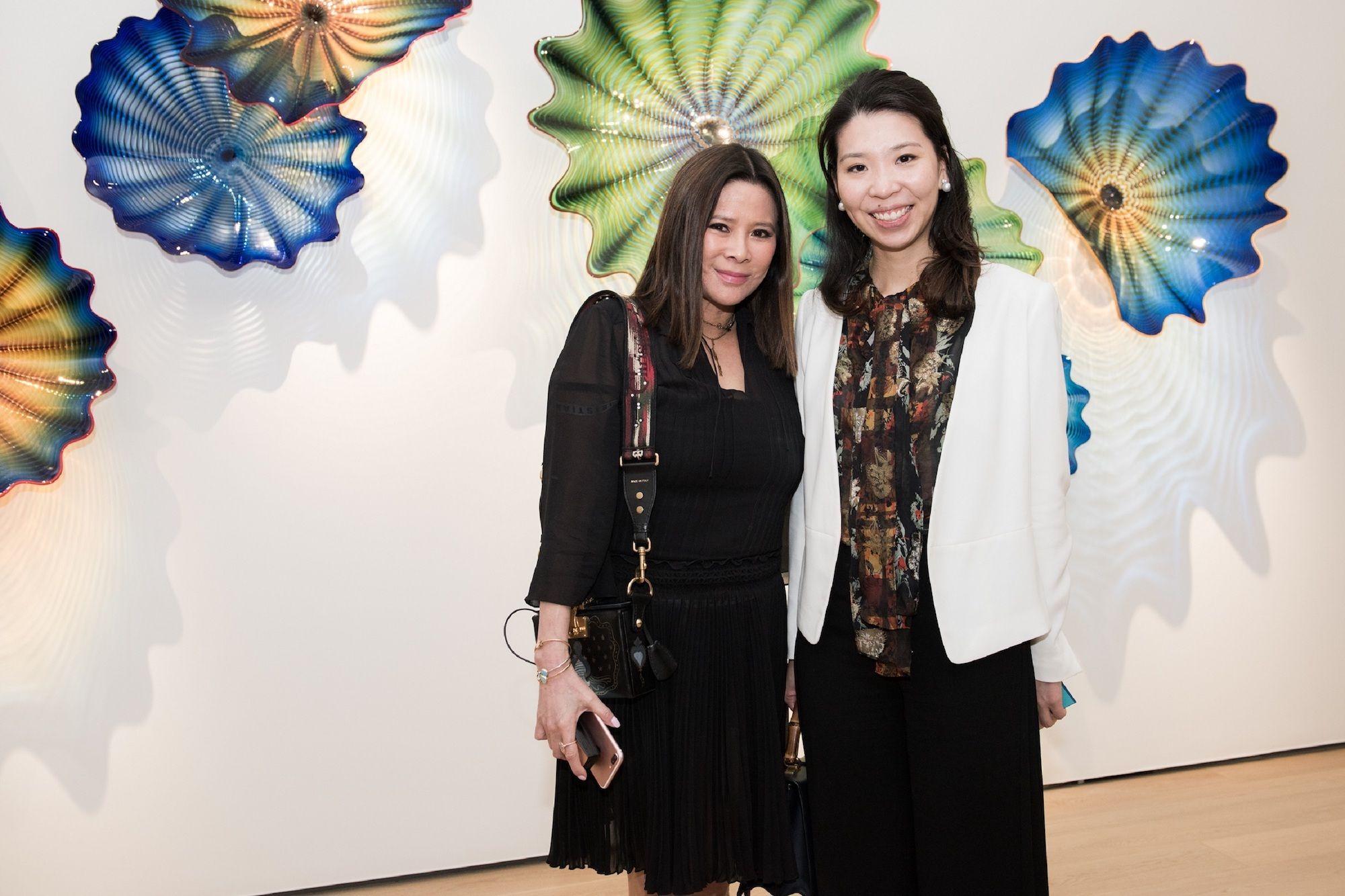 Yvette Yung, Kristine Li