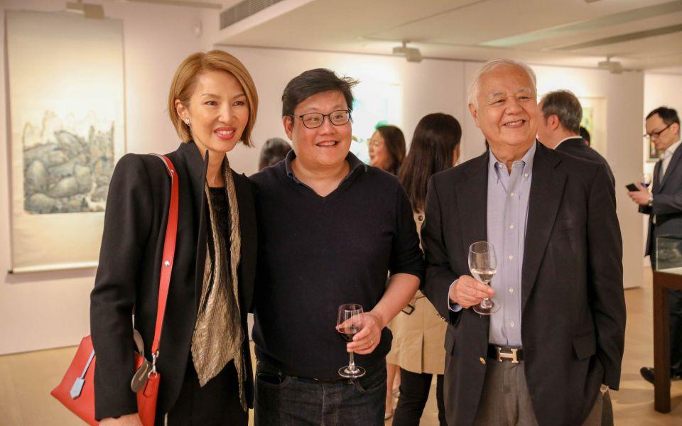 Yolanda Choy-Tang, Stephen King, Roger King