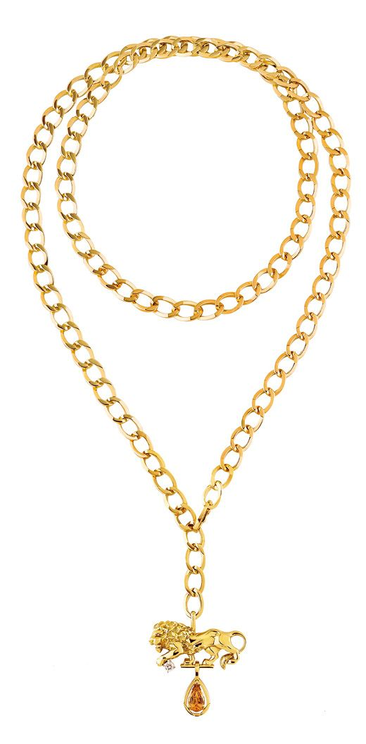 Audacious necklace in yellow gold set with an orange topaz and diamonds, from the L'Esprit du Lion collection, by Chanel