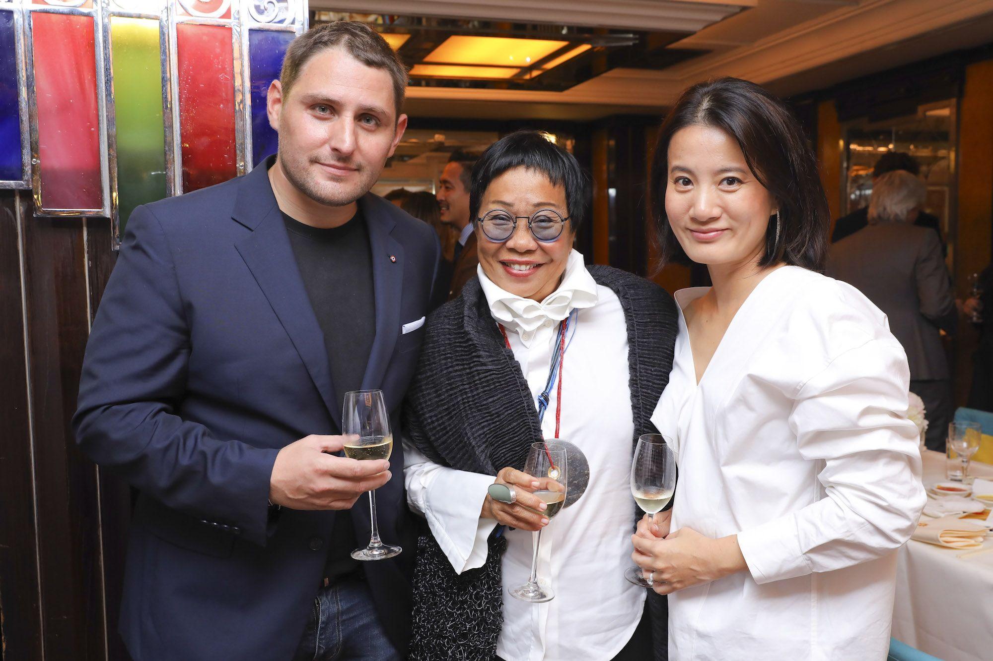 Thierry Mandonnaud, Sin Sin Man, Tiffany Soong