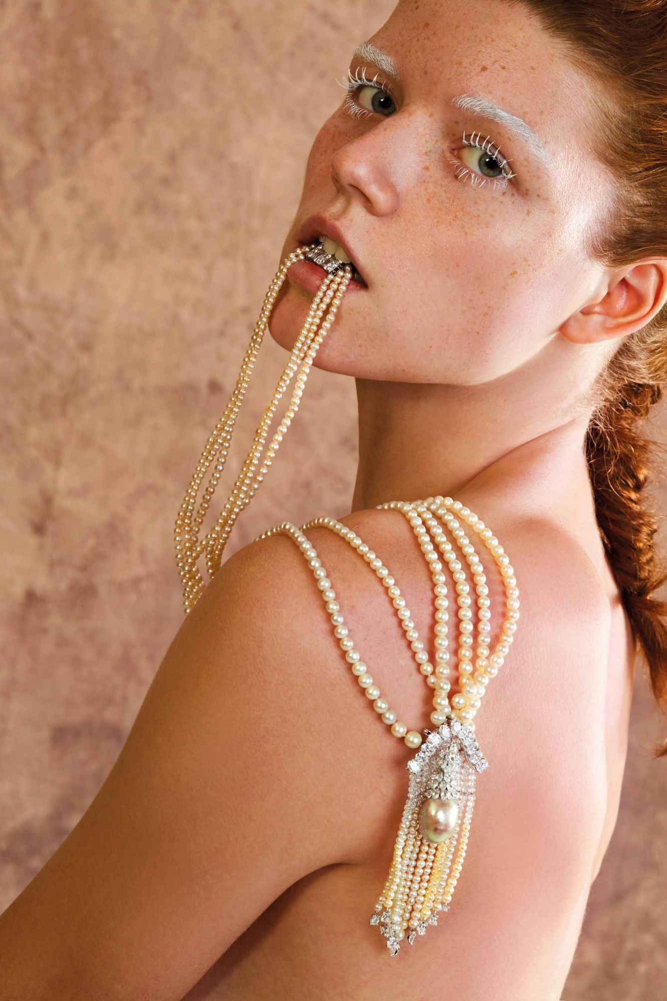 Sautoir set with natural pearls and diamonds by Moussaieff