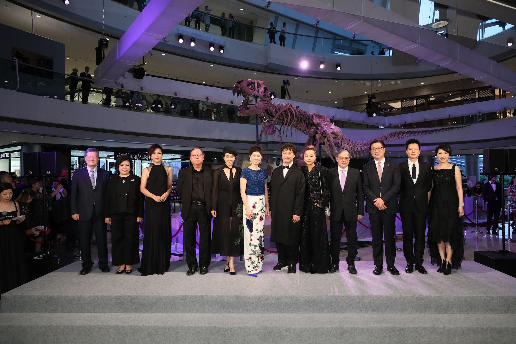 Patrick Sit, Maureen Fung, Miriam Yeung, Peter Lam, Carina Lau, Michelle Ong-Cheung, Eason Chan, Hilary Tsui, Timothy Fok, Frederick Ma, Leon Ko, Michelle Ma