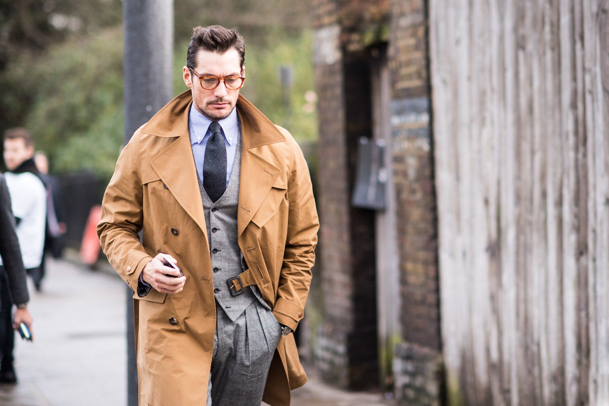 10 Iconic British Brands Every Gentleman Should Know