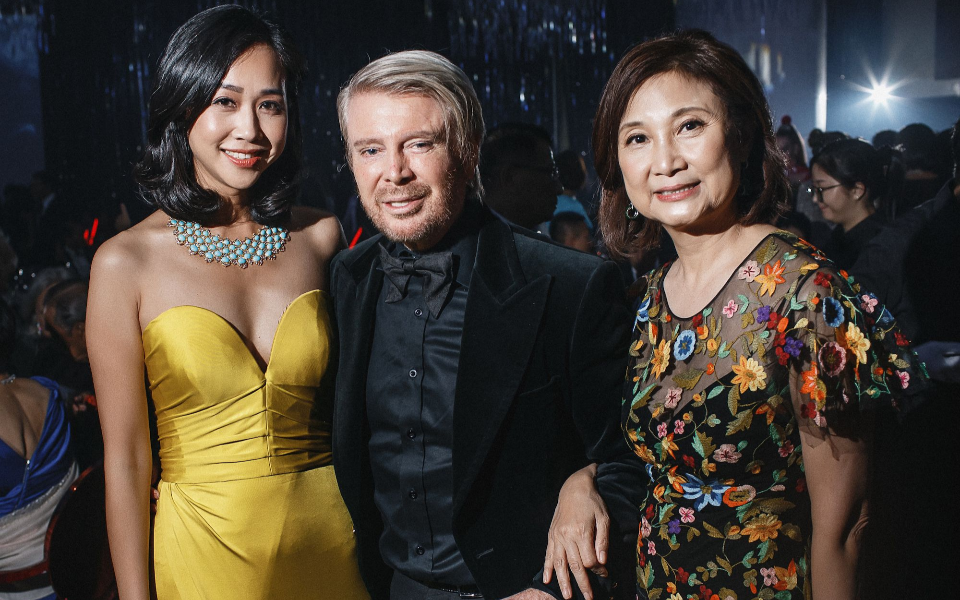 Angie Ting, Kim Robinson, Catherine Kwai