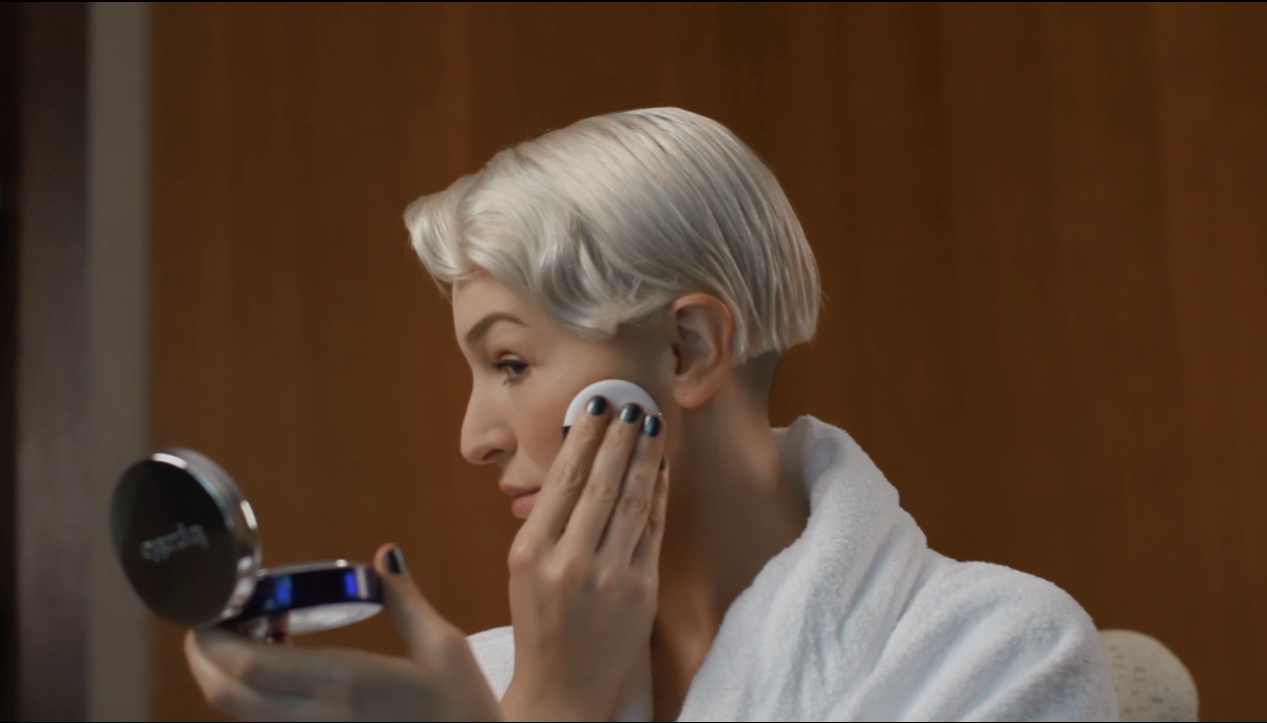 Video: Getting Ready For The Ambassadors Ball With La Prairie