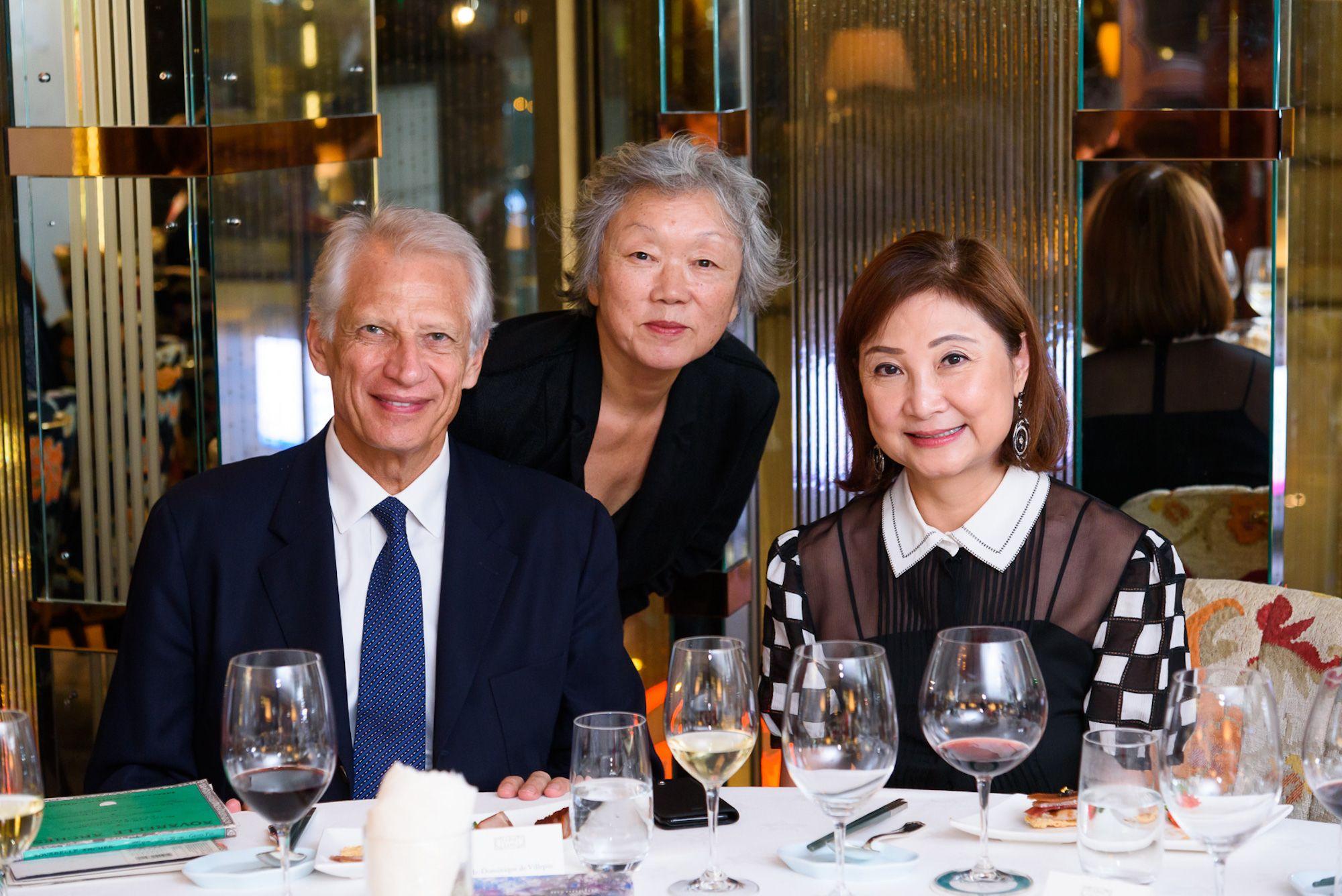 Dominique de Villepin, Myonghi, Catherine Kwai