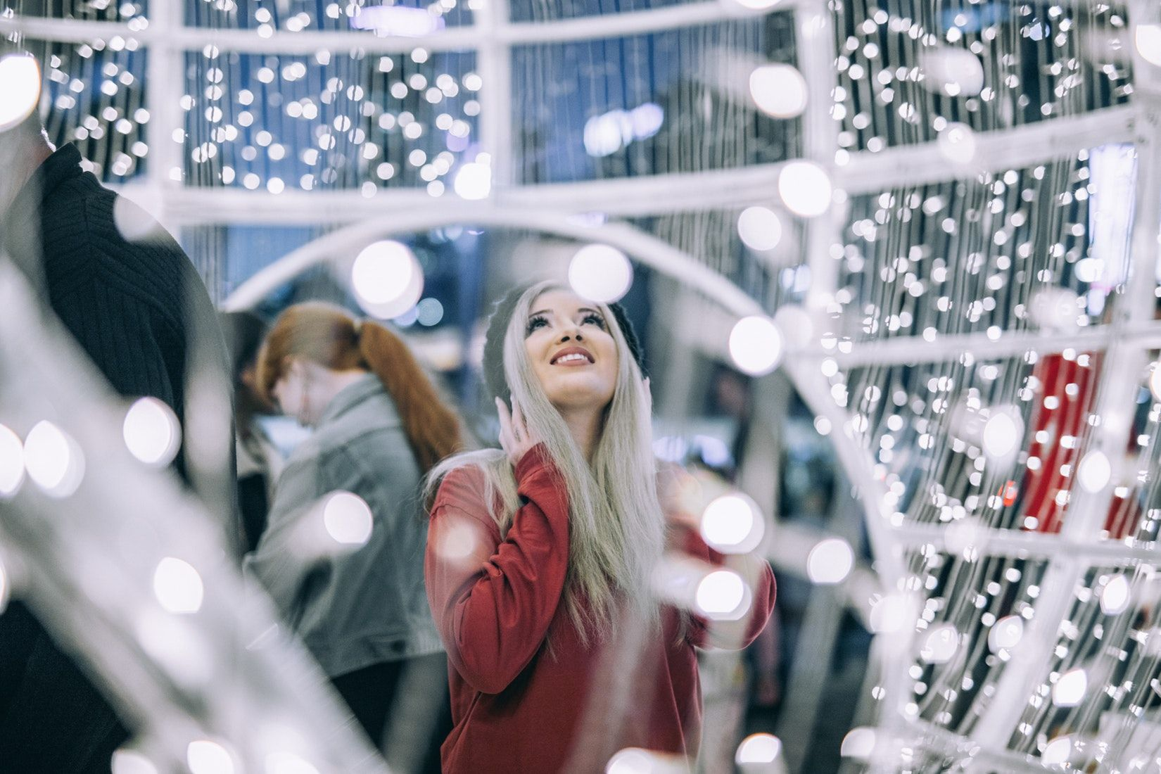 5 Ways To Stay Happy And Healthy During The Holidays