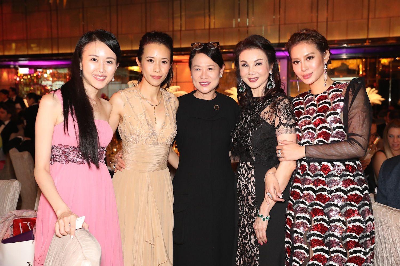 Jacqueline Chow, Karen Mok, Linda Lau, Lynn Hsieh and Eleanor Lam