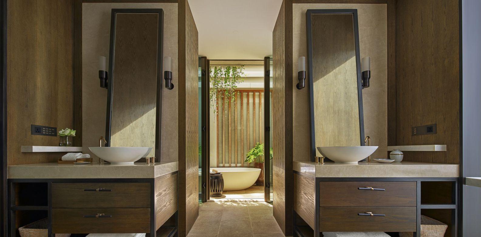 Rosewood Phuket Ocean Pool Pavilion Bathroom