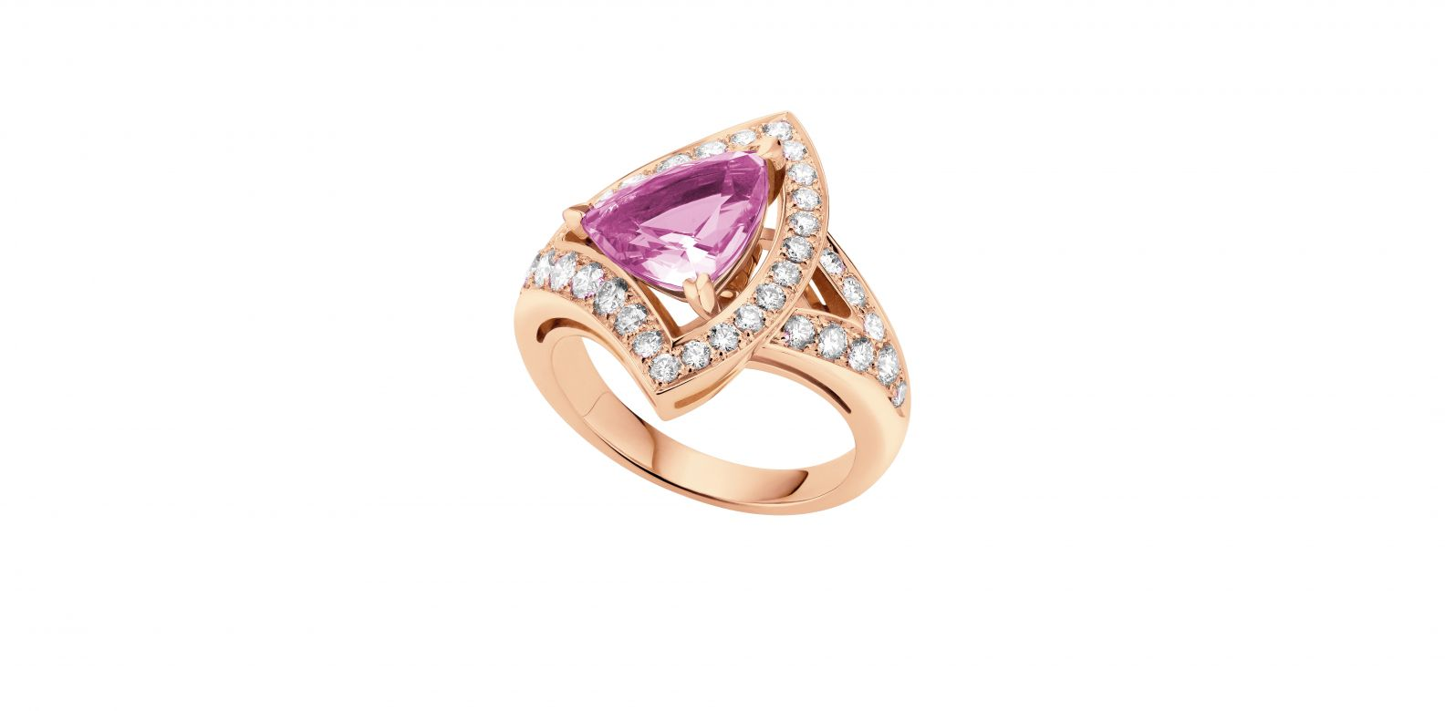Ring in pink gold with pink tourmaline and pavé diamonds (0.68ct)