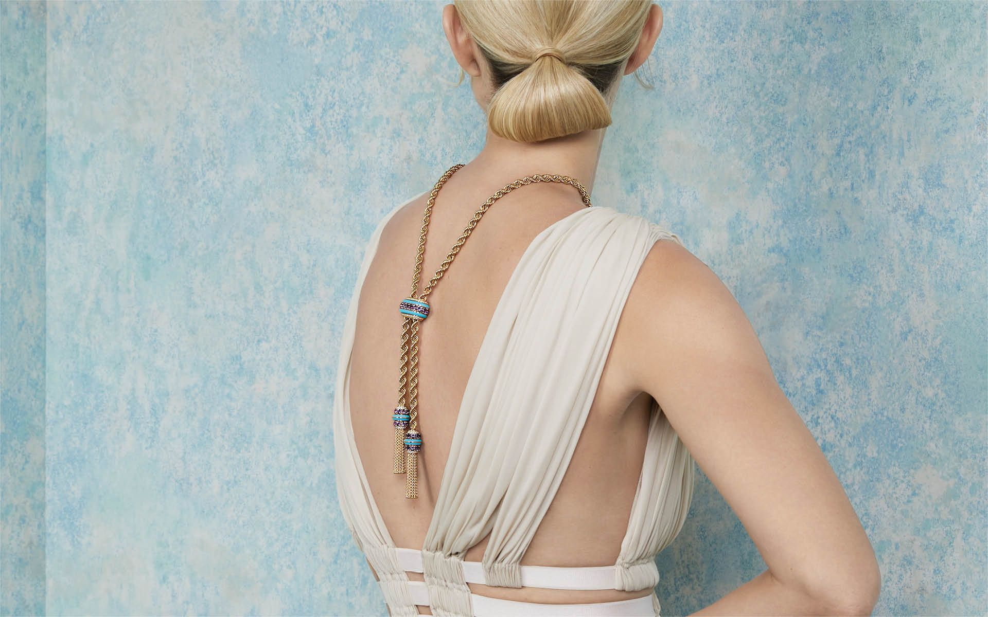 7 Unconventional Necklaces That Bring Sexy Back