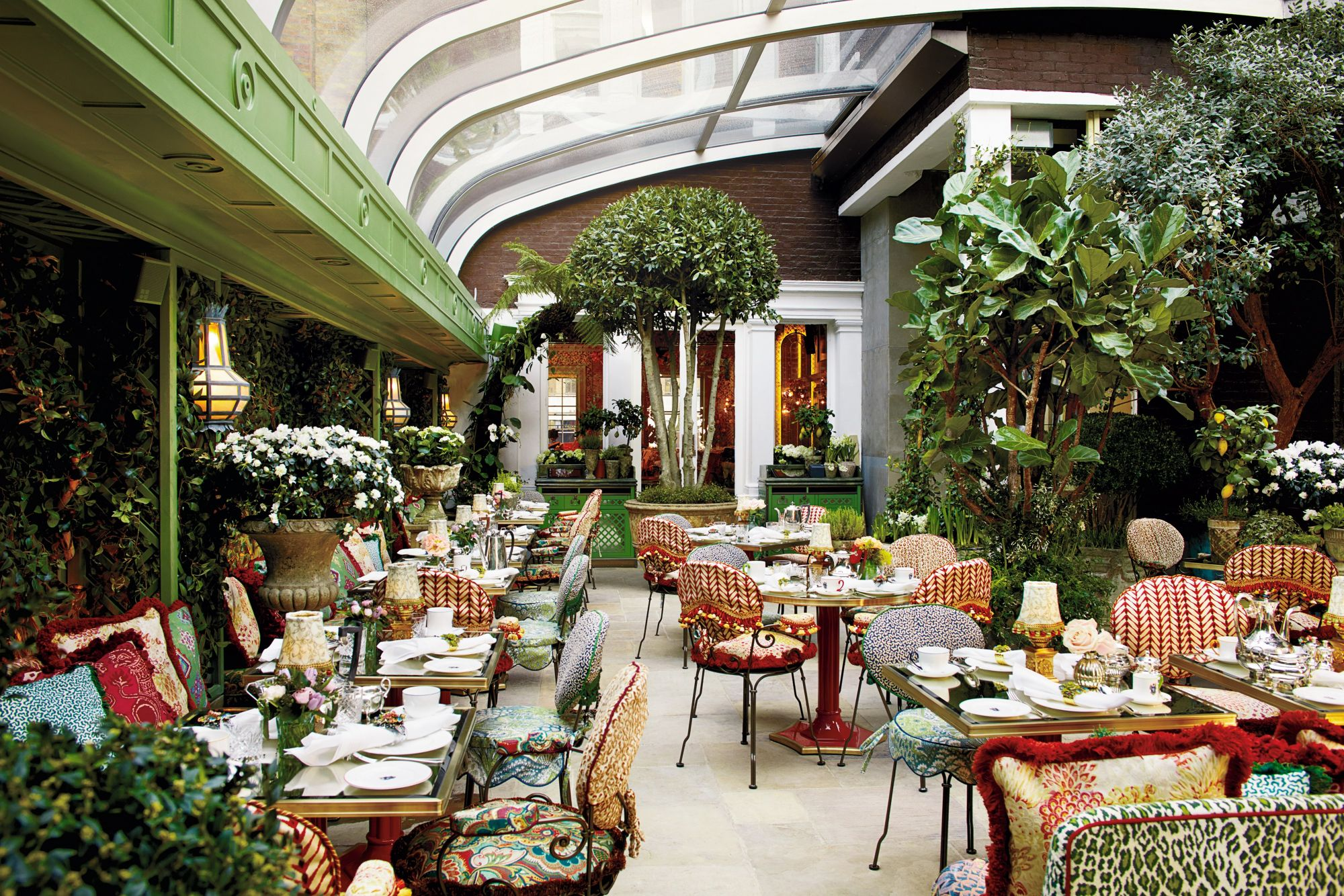 5 Chic Hangouts For Star-Spotting At London Fashion Week
