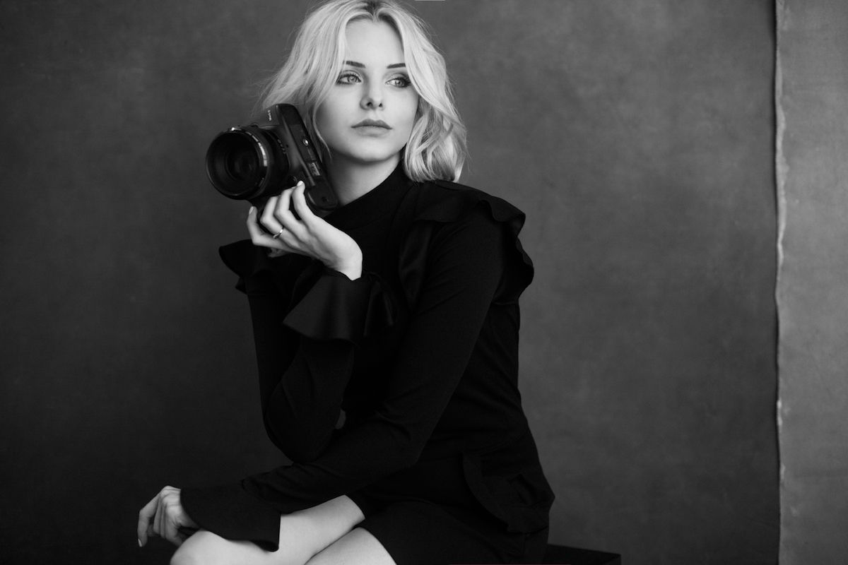 NYC Fashion Photographer Lara Jade Shares How To Take The Perfect Photo