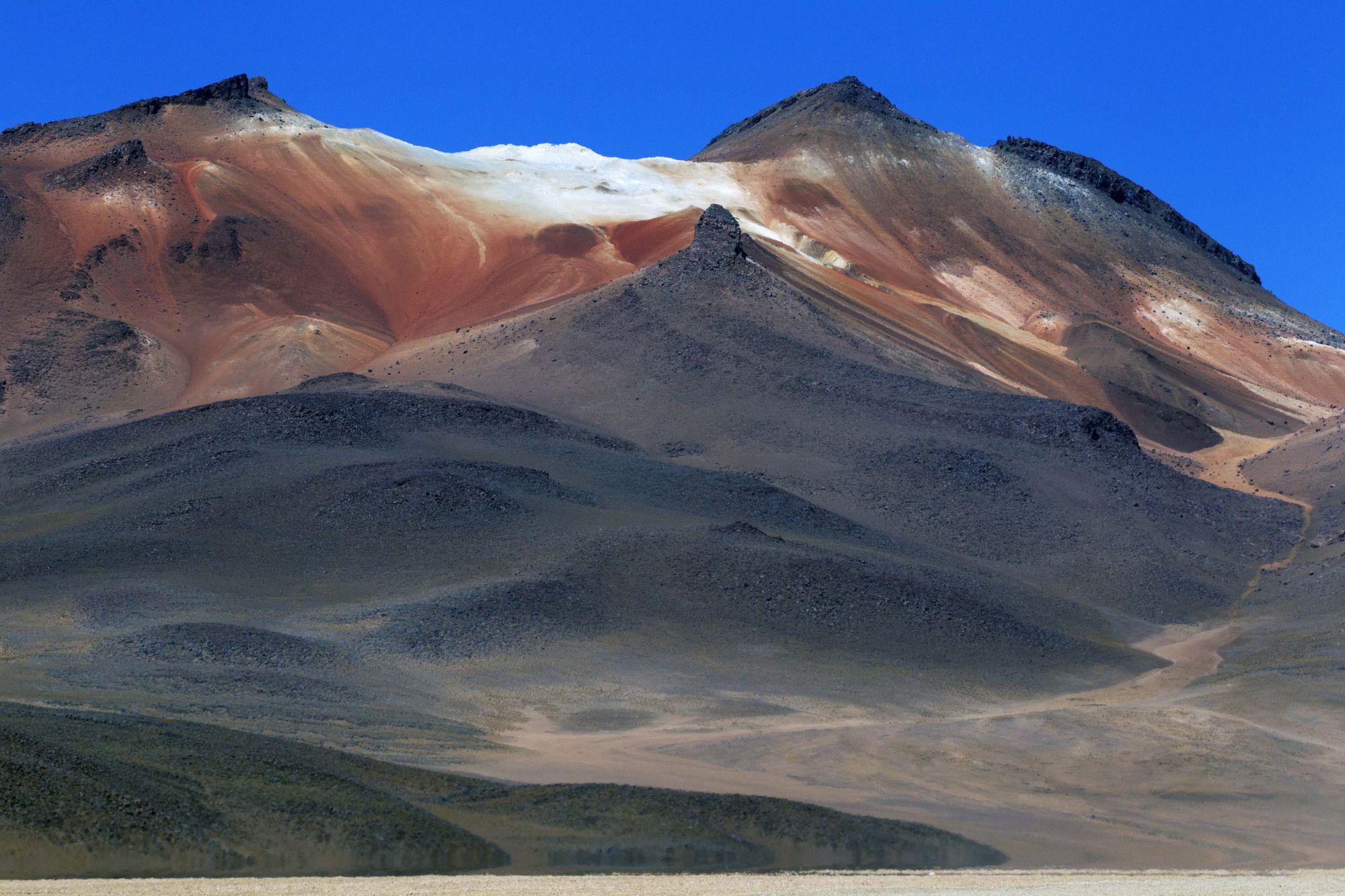 10 Reasons To Visit Bolivia's Stunning Salt Flats