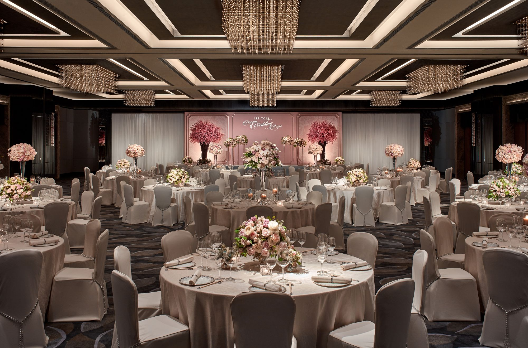 Be Inspired At JW Marriott Hotel Hong Kong's Luxury Wedding Showcase 2018