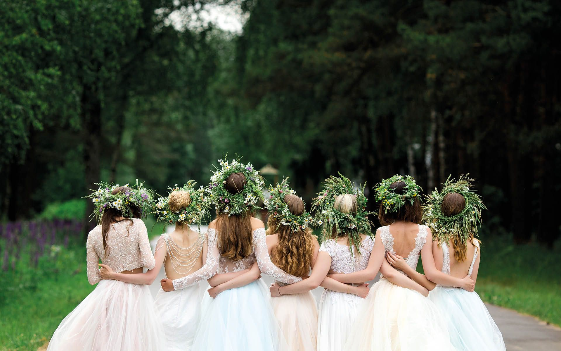 10 Bridesmaid Gift Ideas To Spoil Your Squad