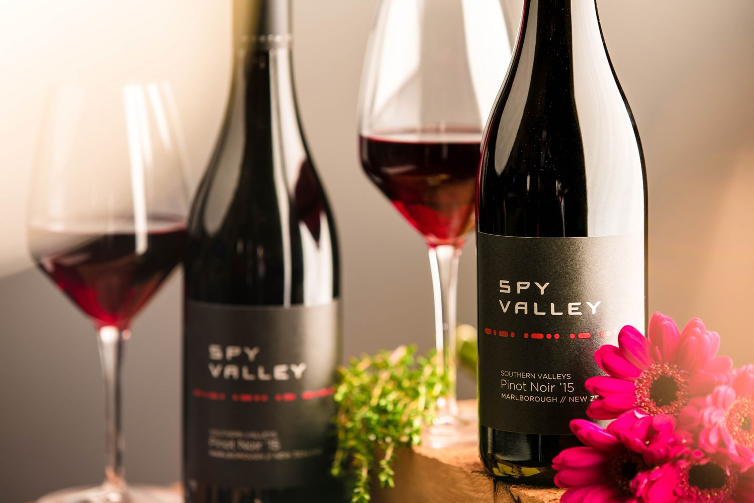 5 Award-Winning Pinot Noirs To Drink Right Now