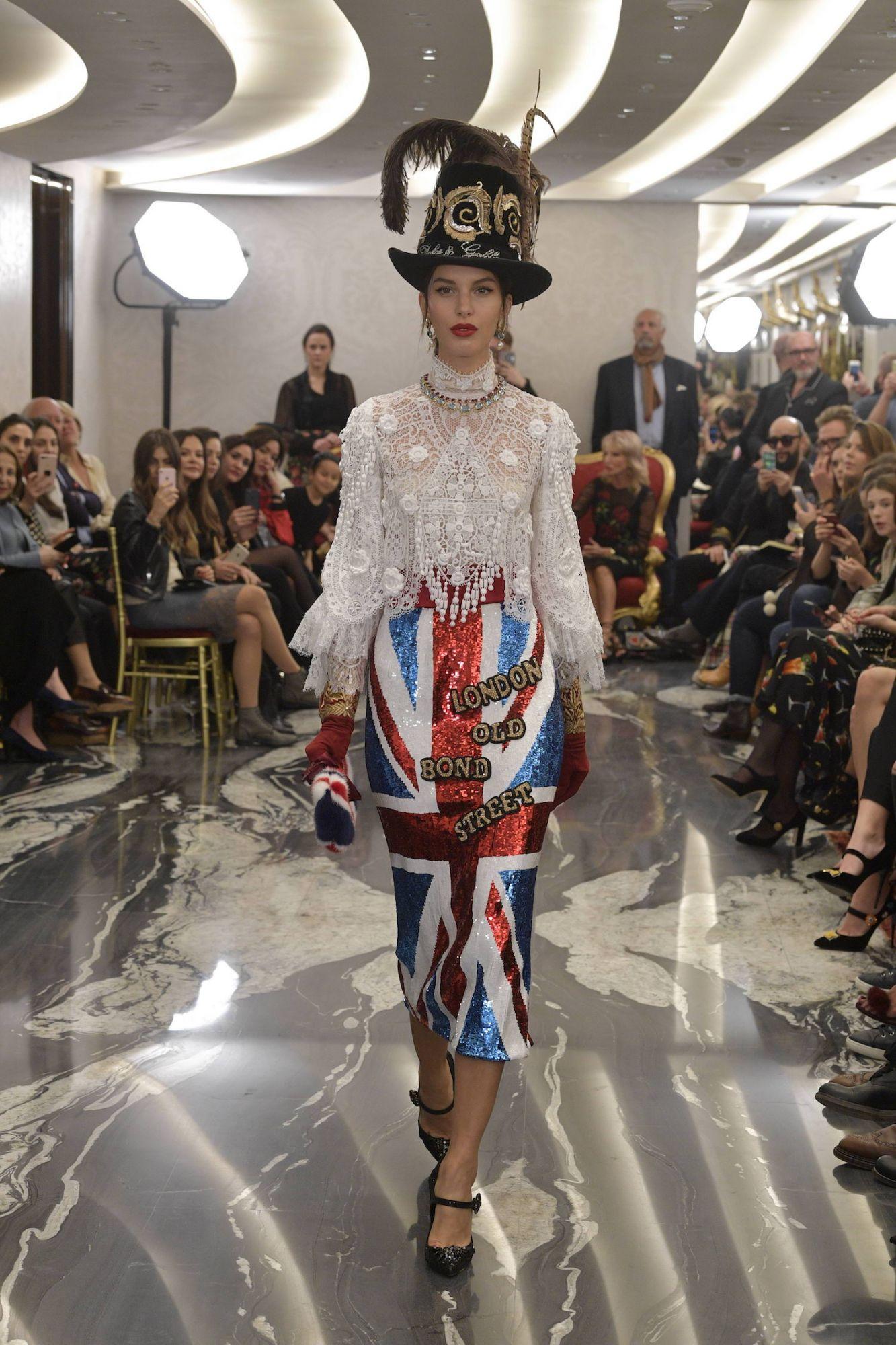 9bca9400f823 10 London-Inspired Looks At Dolce   Gabbana s Alta Moda Show