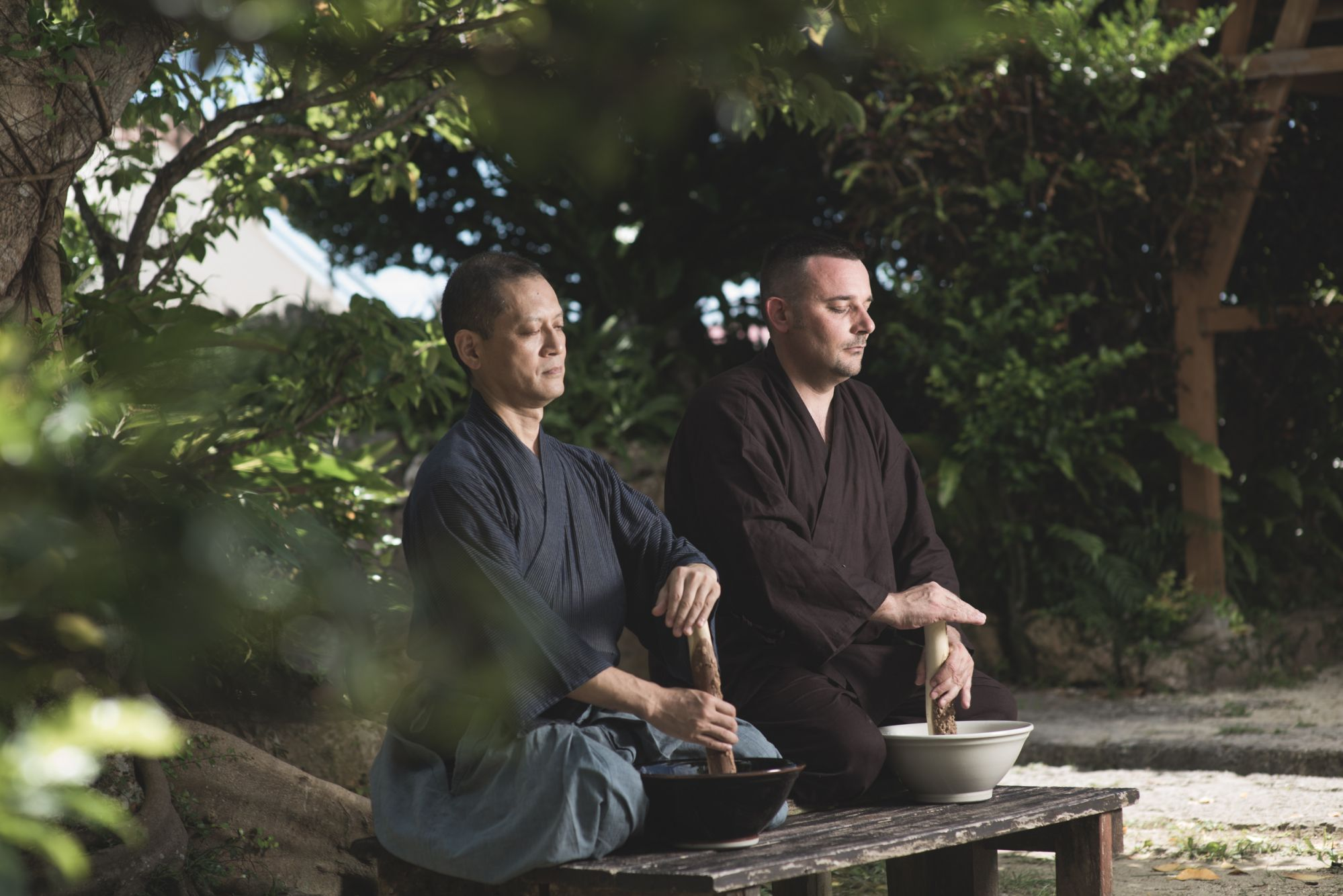 Sesame-Grinding Meditation Guru Comes To Four Seasons Hong Kong