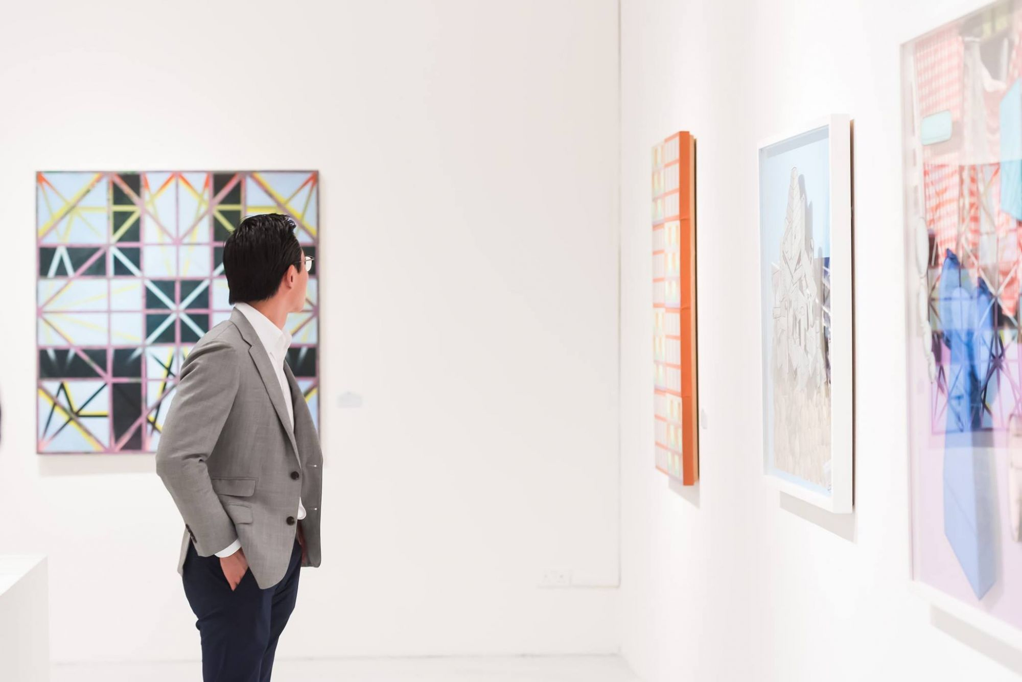 An Insider's Guide To Becoming A Smart Art Investor