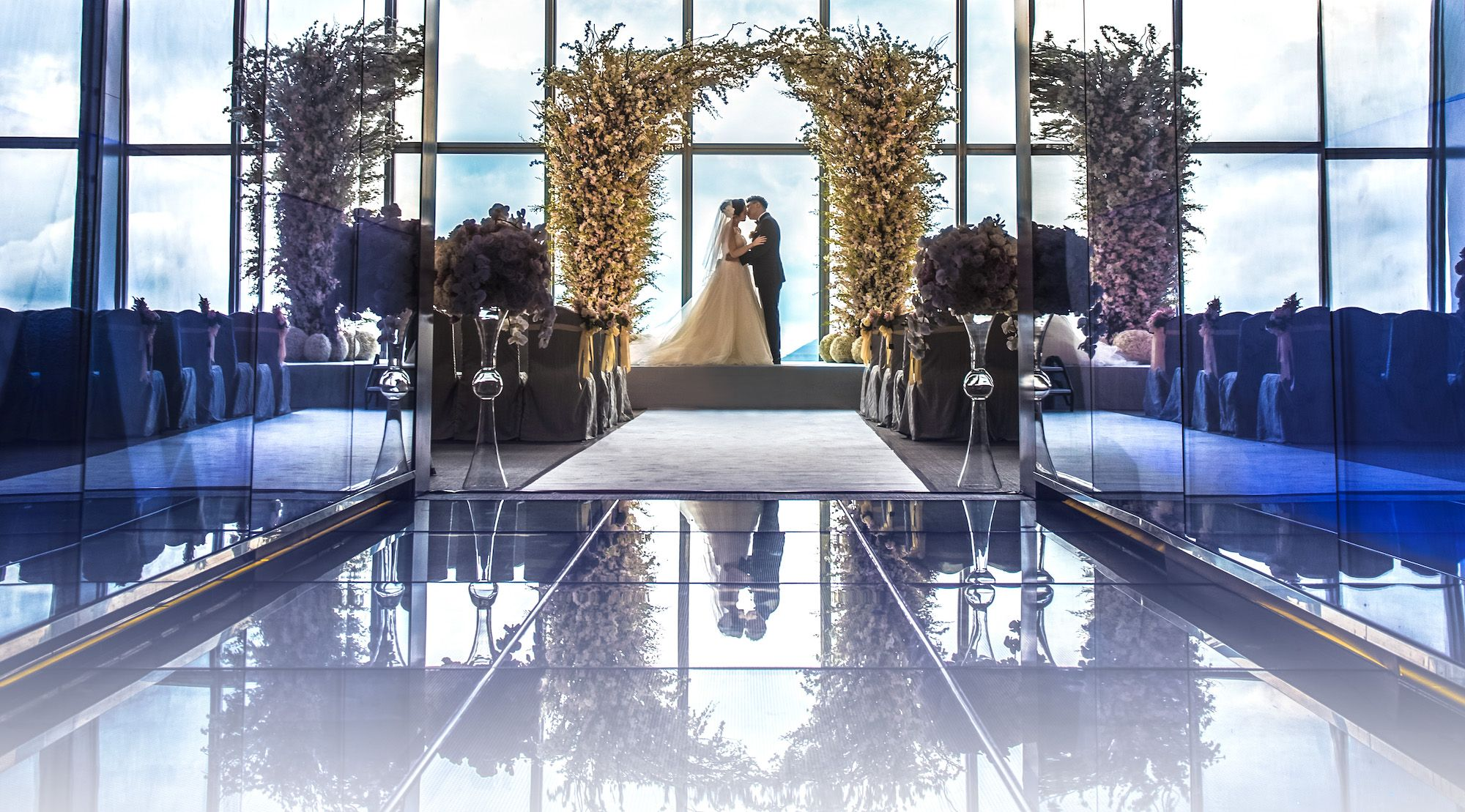 Sky-High Weddings: Tie The Knot At sky100