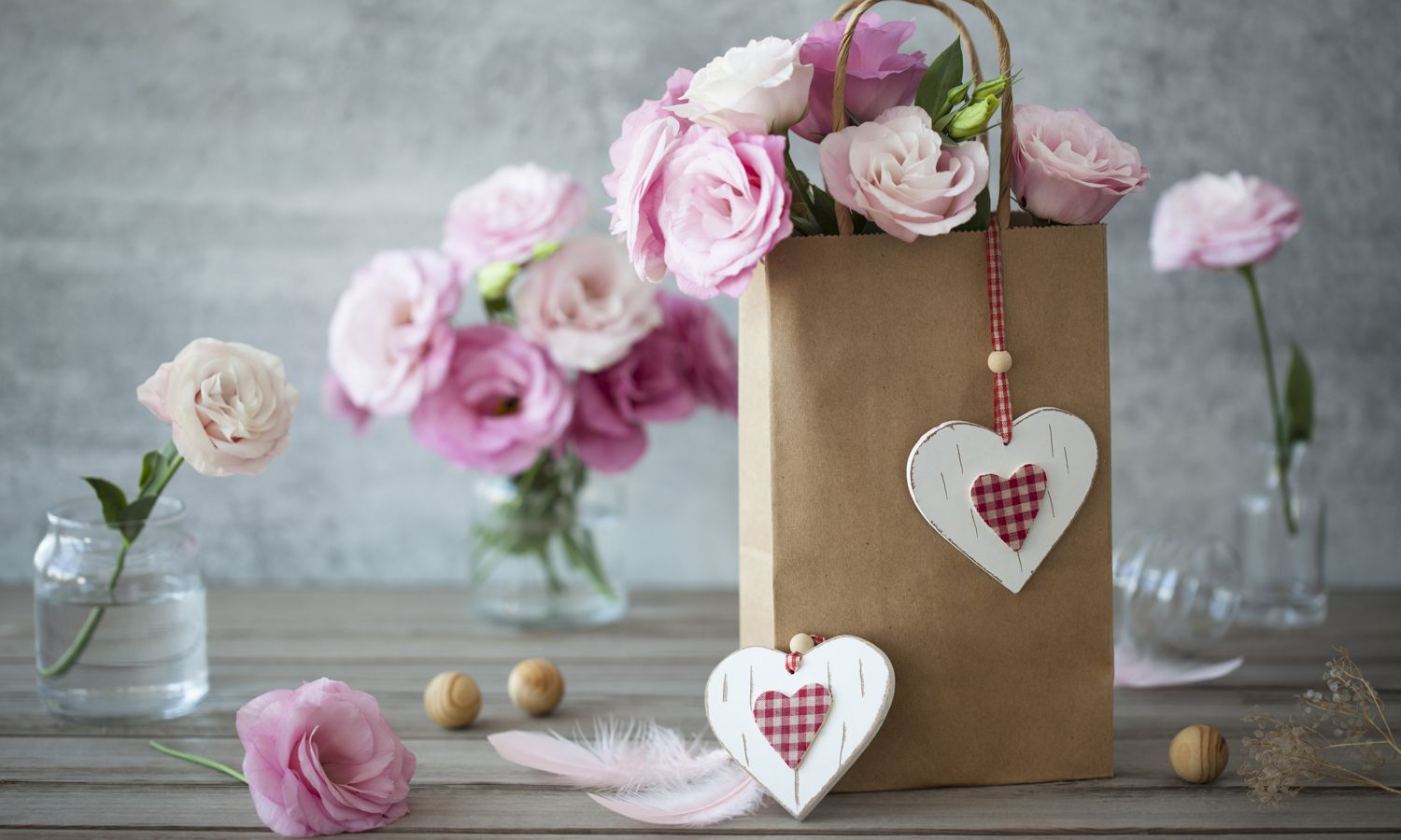 10 Valentine's Gifts She'll Actually Like