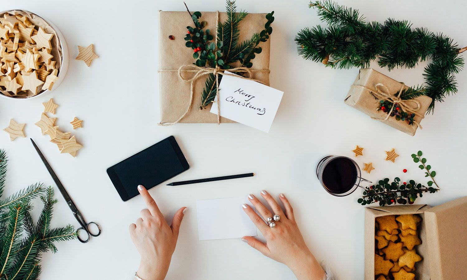 12 Quick Christmas Gift Ideas for Creative Types
