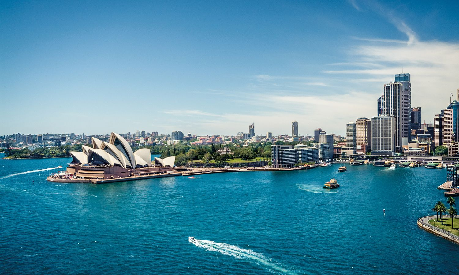 Seeking Safe Haven: Why Investors Are Looking into Australia