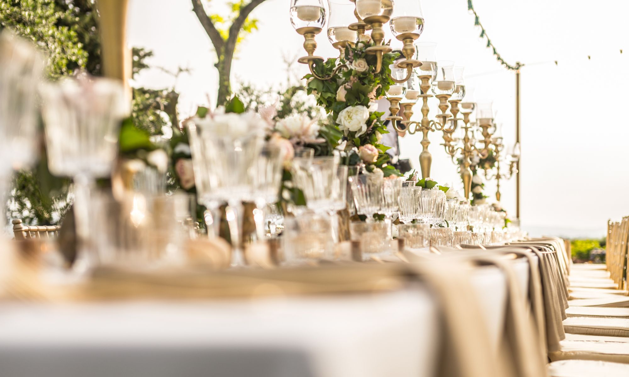 3 Wedding Themes to Try This Season