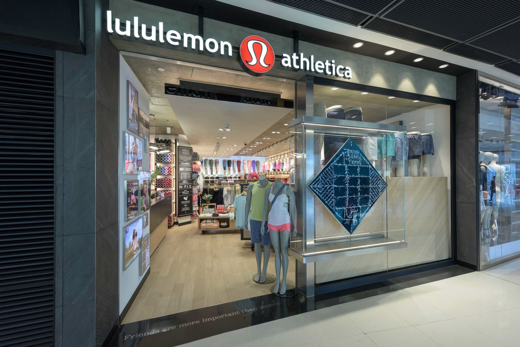 Lululemon Opens in Hong Kong