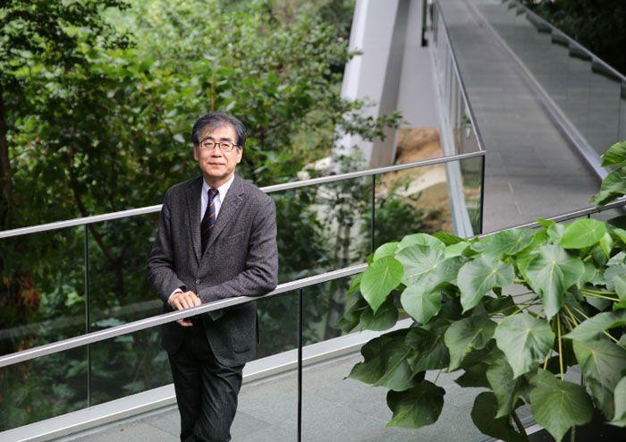 Interview: Fumio Nanjo, Japanese Art Curator