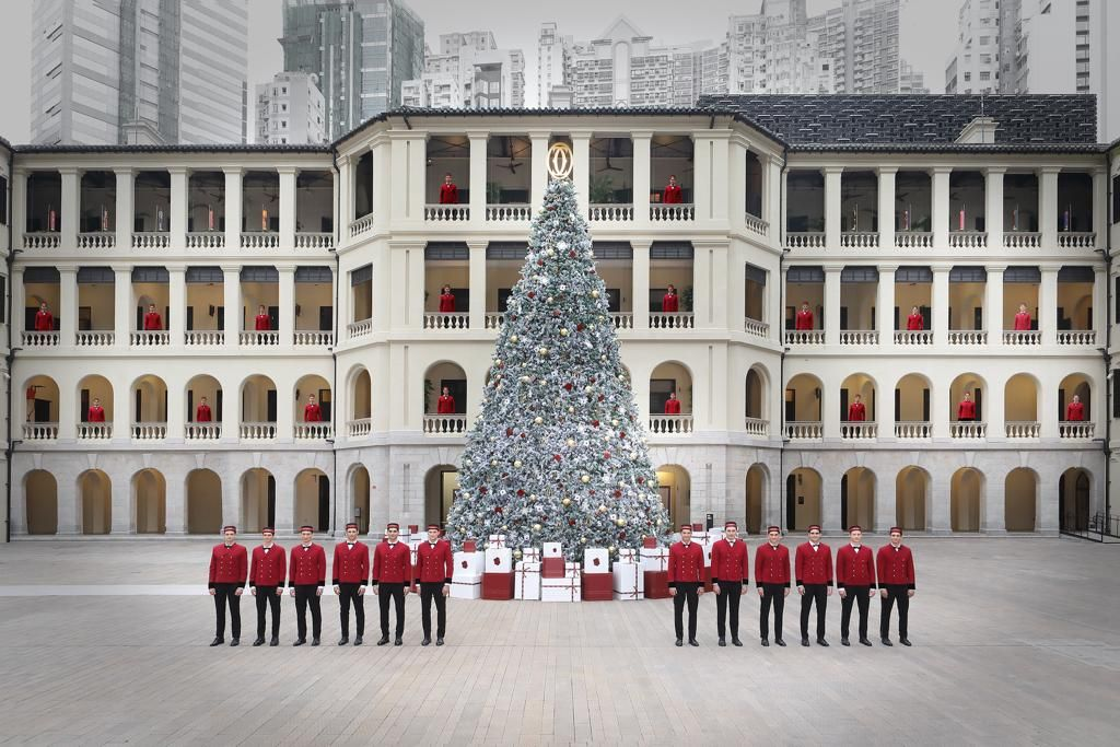 Get Into The Holiday Spirit With Cartier At Tai Kwun