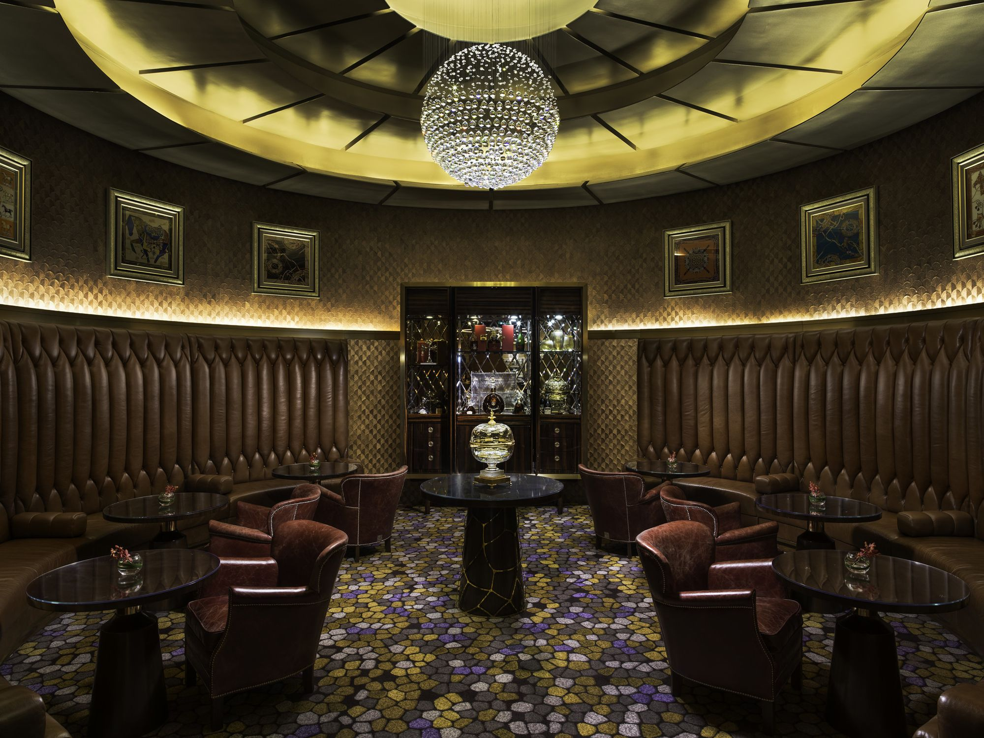 Experience The Gilded Age Of Cocktails At The St. Regis Bar Macao