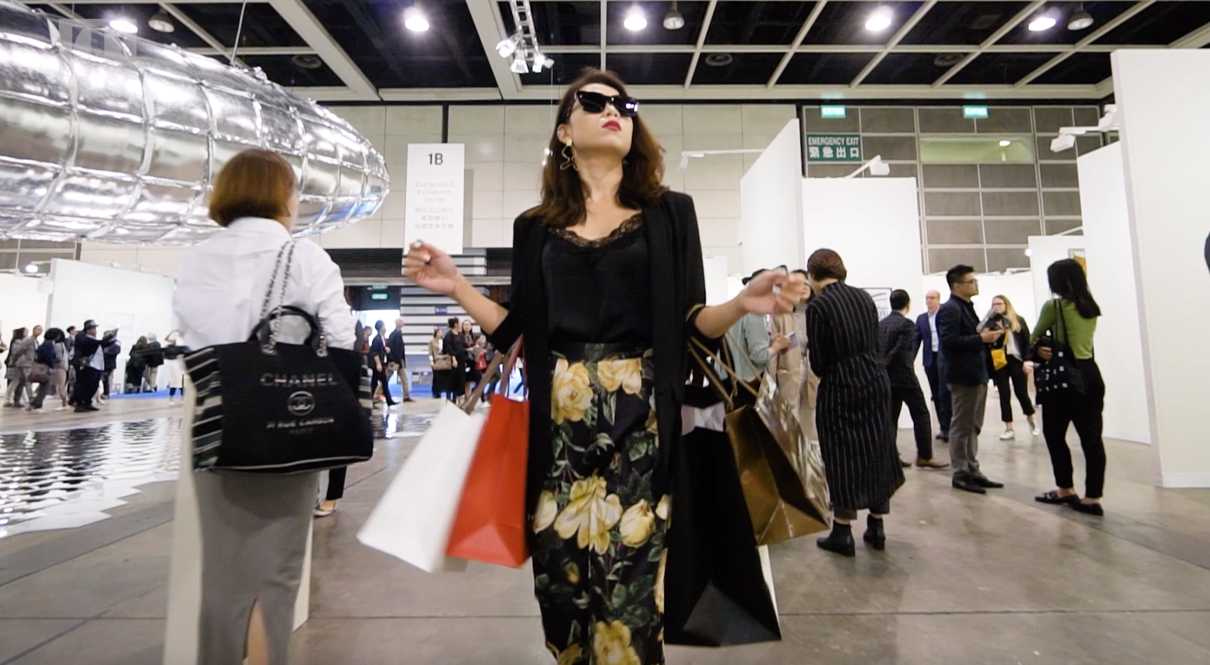 Video: What Not To Do At Art Fairs