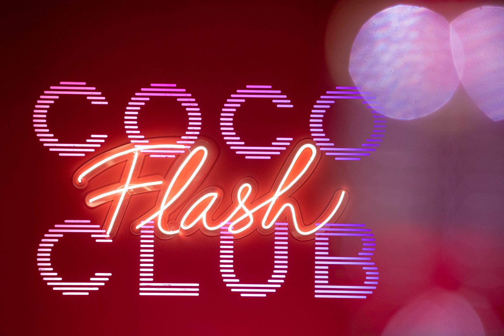 Chanel's Coco Flash Club Brings Back The '80s Glam