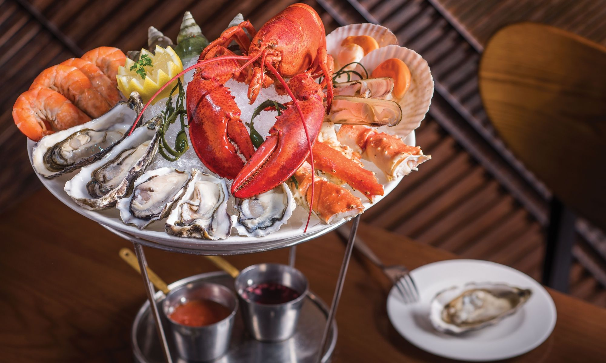 Bostonian-Seafood-Grill-Restaurant-Seafood-Tower